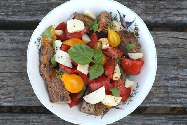 Recipe for Tomato Bread Salad, or Panzanella